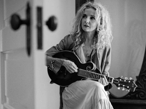 patty-griffin-cafe-campus-montreal-2019-11-10-tickets-4533